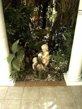 tiled_courtyard_cherub_feature