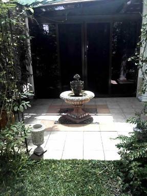 tiled_courtyard_fountain